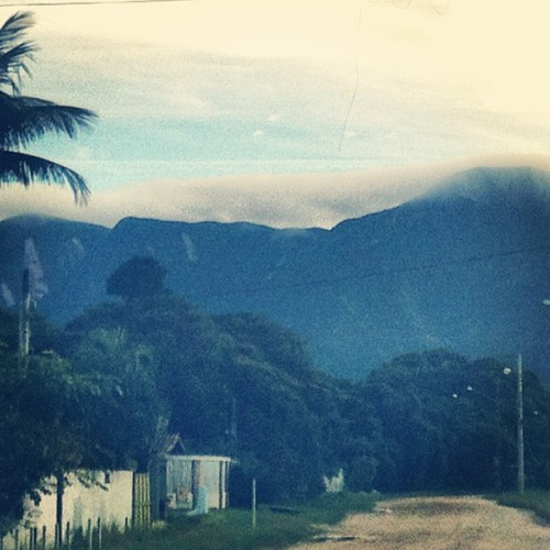 nuvens na #serradomar (at Praia do Cambury)