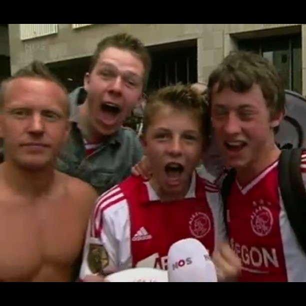 Trolling at its finest #ajax #nos (bij TV)