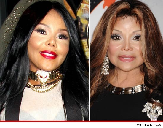 Lil' Kim and La Toya Jackson … twinsies!
