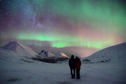 definitelydope:  You and me and Aurora (by John A.Hemmingsen)