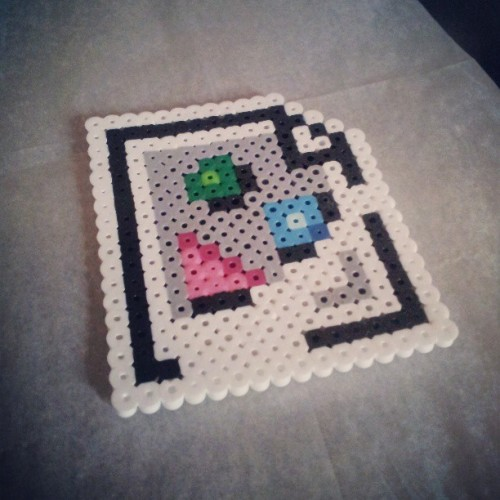 Some quick perler bead art to start my morning. #craft #perlerbeads #craftforboyfriend #cute #pixelart