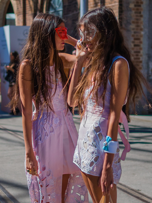 o-dessa:  floricaly:  streetstyleaustralia:  Mercedes-Benz Fashion Week Australia 2013. Visit http://bit.ly/10PjMNV for more!  ☼ More Indie/Gypsy here ☼  so pretty