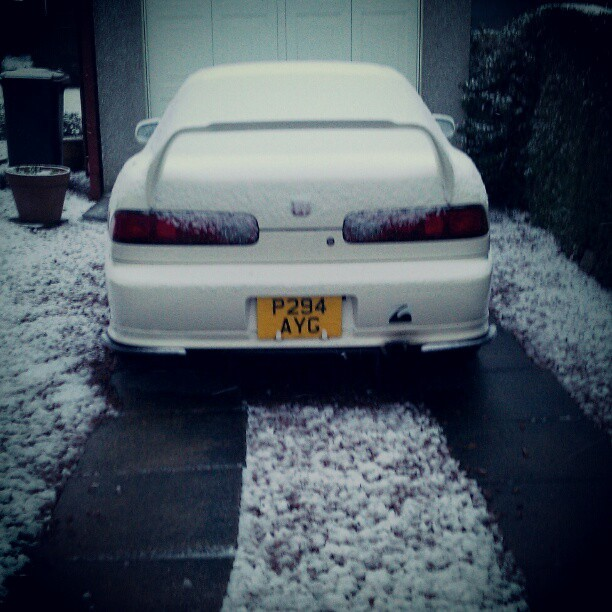 Snow White #winter #snow #honda #integra #dc2 #TypeR #jdm #spoon #mugen #cusco #arc #racecar #citylife #glasgow #scotland