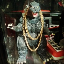 uknowmarcus:  2 chainz Godzilla #2chainz #godzilla #igbest  (at Haight/Ashbury)