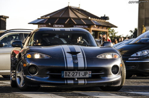 Keep the fear alive Starring: Dodge Viper (by CokiFotografia)