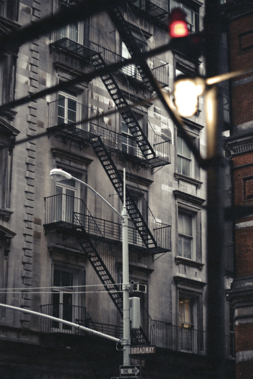 erz-unclassified-pictures:  broadway. 2010. Erz