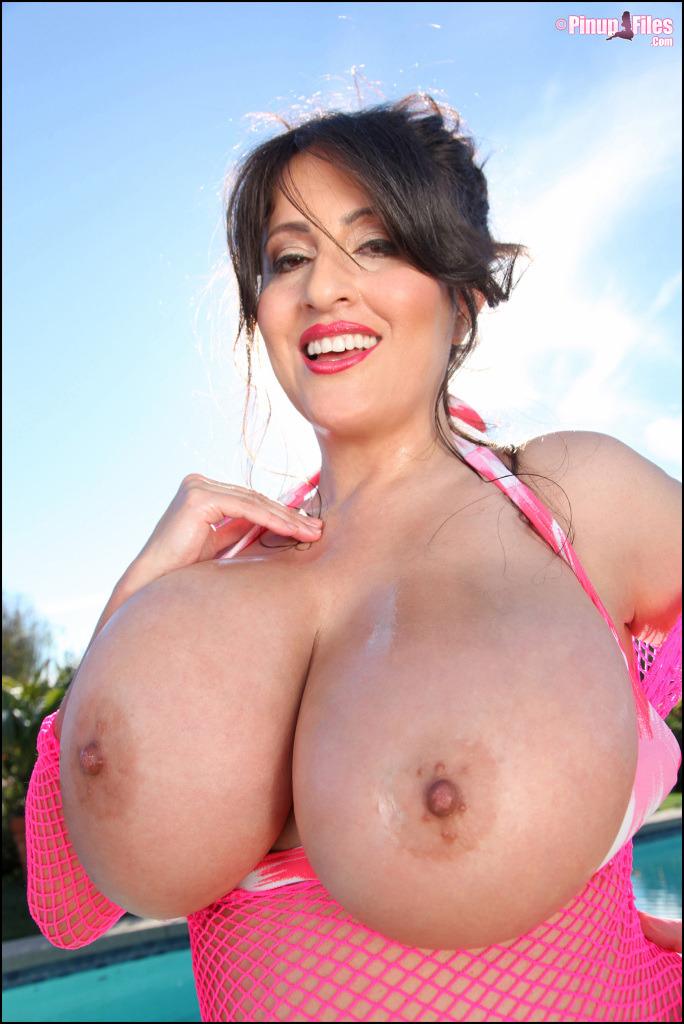big booty black big tist sex video bigger tits porn