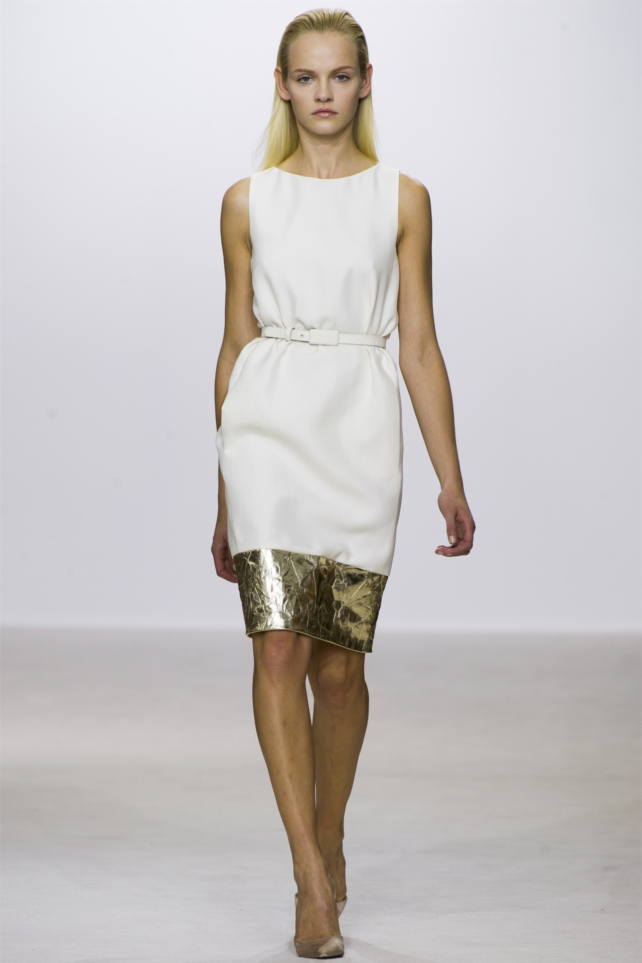 rougevision:  Giambattista Valli Ready to Wear Spring - Summer 2013. Model: Ginta Lapina.