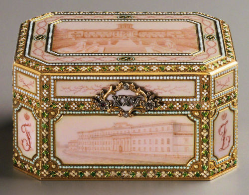 ufansius:  Music box made for the 25th anniversary of Prince Felix Yusupov and Princess Zinaida Yusupova, with views of six of their palaces in enamel - Henrik Wigström for Fabergé,1907.