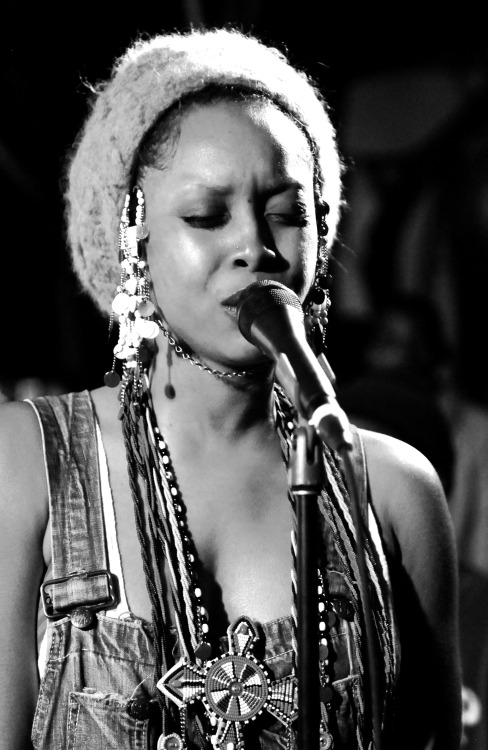 vivienphotos:  Erykah Badu performing at SXSW. Photography by Vivien Killilea