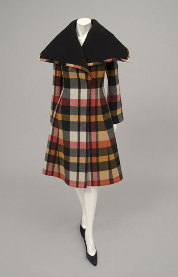 Coat Pauline Trigère, 1972-1973 The Philadelphia Museum of Art