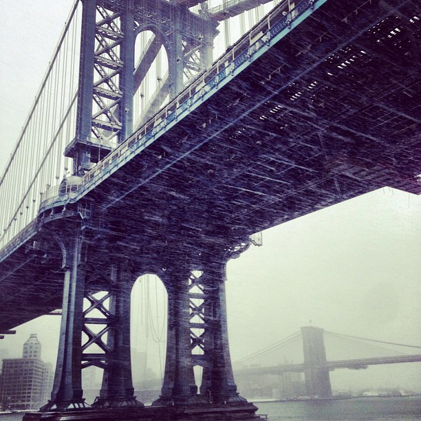 East side snow  (at Manhattan Bridge)