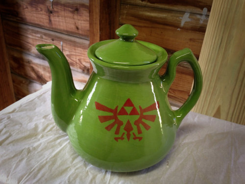 it8bit:  Handmade Legend of Zelda Ceramic Teapot Available for $65 USD at The Punk-n-Patch