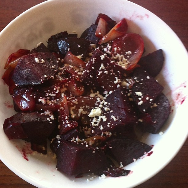 Another #realfood installment..beets with caramelized onions and sprinkled goat cheese. #atx #foodie