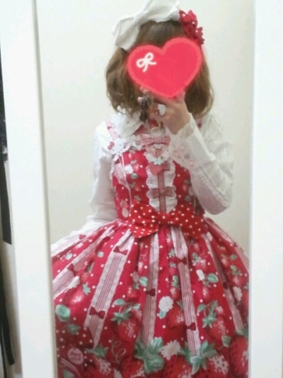 lolitahime:  ns-kty in Freshly Picked Strawberries