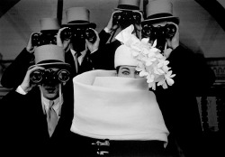 Sharp Look asa100:  ↗ … frank horvat …