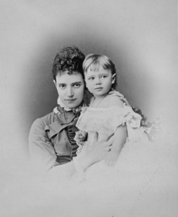 teatimeatwinterpalace:  Maria Feodorovna with her daughter Grand Duchess Xenia Alexandrovna, 1878