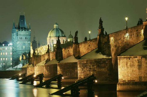 No one would believe how beautiful Prague is at night, in the glow of the moon. The people slumber, the stones are alive, even in the still images on the Charles Bridge breathe life….~Jan Neruda~