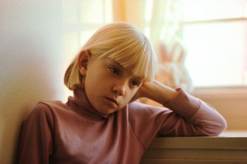 "[Article of Interest] Childhood Depression May Be Tied to Later Heart Risk  For these kids, obesity, smoking and inactivity more likely in adolescence, preliminary research showsTeens who were depressed as children are more likely to be obese, to smoke and to be sedentary, a new study finds.The findings suggest that depression during childhood can increase the risk of heart problems later in life, according to the researchers.The study included more than 500 children who were followed from ages 9 to 16. There were three groups: those diagnosed with depression as children, their depression-free siblings and a control group of unrelated youngsters with no history of depression.Twenty-two percent of the kids who were depressed at age 9 were obese at age 16, the study found. ""Only 17 percent of their siblings were obese, and the obesity rate was 11 percent in the unrelated children who never had been depressed,"" study first author Robert Carney, a professor of psychiatry at Washington University School of Medicine in St. Louis, said in a university news release.The researchers found similar patterns when they looked at smoking and physical activity.""A third of those who were depressed as children had become daily smokers, compared to 13 percent of their nondepressed siblings and only 2.5 percent of the control group,"" Carney said.Teens who had been depressed as children were the least physically active, their siblings were a bit more active and those in the control group were the most active, according to the study, which is scheduled for presentation Friday at the annual meeting of the American Psychosomatic Society in Miami. Although the study showed an association between childhood depression and obesity, smoking habits and inactivity later in life, it did not prove a cause-and-effect relationship.These findings are cause for concern because ""a number of recent studies have shown that when adolescents have these cardiac risk factors, they're much more likely to develop heart disease as adults and even to have a shorter lifespan,"" Carney said.""Active smokers as adolescents are twice as likely to die by the age of 55 than nonsmokers, and we see similar risks with obesity, so finding this link between childhood depression and these risk factors suggests that we need to very closely monitor young people who have been depressed,"" he said. Note: Data and conclusions presented at meetings are typically considered preliminary until published in a peer-reviewed medical journal."