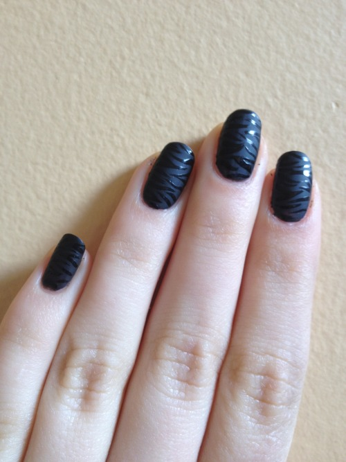 I'd always wanted to try a black on matte mani.  I love the way it turned out!