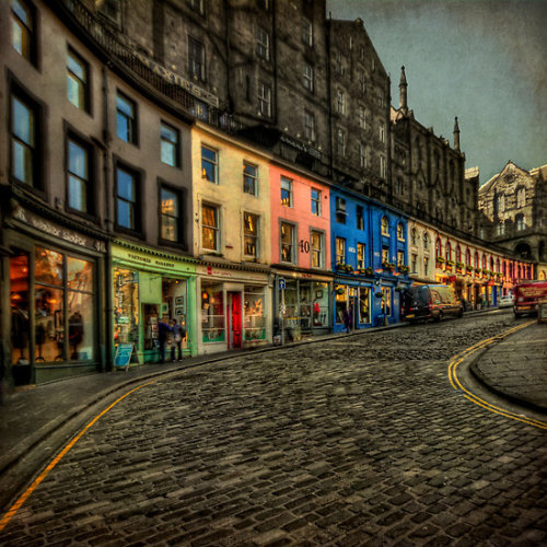 scottish-love:  Dream Street by Evelina Kremsdorf