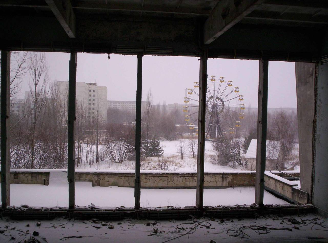 suitcaseofawanderingmind:  Bucket List- Pripyat Ukraine The story of Pripyat: Pripyat was a big city that grew by about 500 people every year. On April 26th, 1986 The Chernobyl nuclear power plant exploded, making the entire city a ghost town.