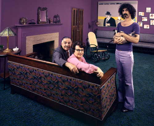 "© John Olson / Time & Life / Getty, 1970, Frank Zappa with parents Frank Zappa with his dad, Francis, his mom, Rosemarie, and his cat in 1970. See more photos here.  John Olson on Frank Zappa: ""Everyone had told me that Frank Zappa was going to be really difficult, and he couldn't have been more professional,"" Olson told LIFE.com. Zappa on His Parents: ""My father has ambitions to be an actor,"" Frank told LIFE. ""He secretly wants to be on TV."" Zappa's Mom on Zappa: ""The thing that makes me mad about Frank is that his hair is curlier than mine — and blacker."" (thanks to / via: life)  » more photos of famous people «"