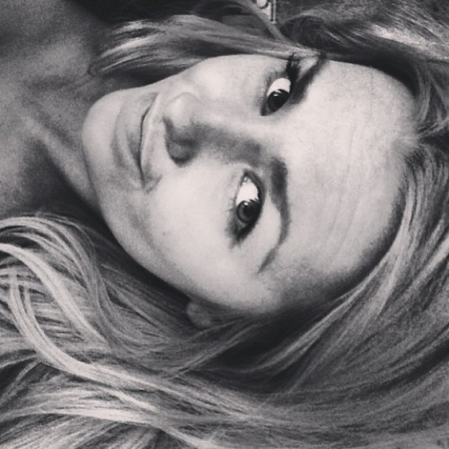 Zzzz. #vain #selfie #bored #blonde #girl #me #edit #blackandwhite #potd #fantastic #filter #lovealltha #tagsfordays