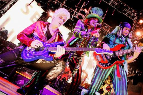 Mad T Party Band on Flickr.