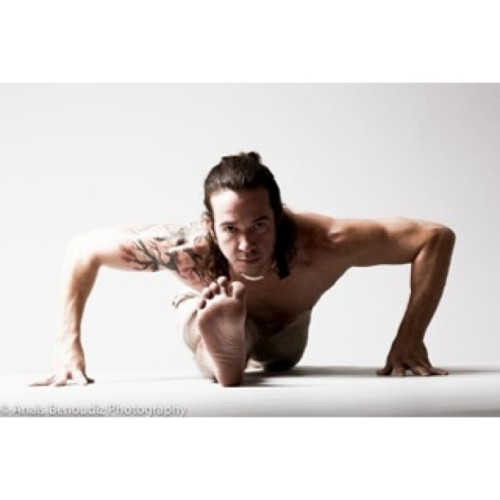 "This is one of my favorite yogis from Green Monkey Somi, Carlos Sanchez. It was a pleasure working with him for my exhibit of ""Arts &Asanas"". He is a very cool, laid back person and his vibe gives me peace every time I speak or see him. I'm so happy he accepted to contribute to my exhibit, and I feel very lucky to have people like him around. Thank you carlitos! Namaste #yoga #yogaphotography #instaFit #yogamiami #yogaeverydamday #yogis #greenmonkeysomi #art #arts&asanas #asanas #exhibit"
