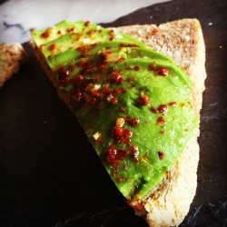 Avocado, chili flakes, sea salt sandwich: pretty, healthy and yummy! #sanfrancisco #green #avocado #food #sandwich #gourmet #chili #salt #seasalt #bread #foodie #health #healthy #tasty #yum #yummy  (at Park Tavern)