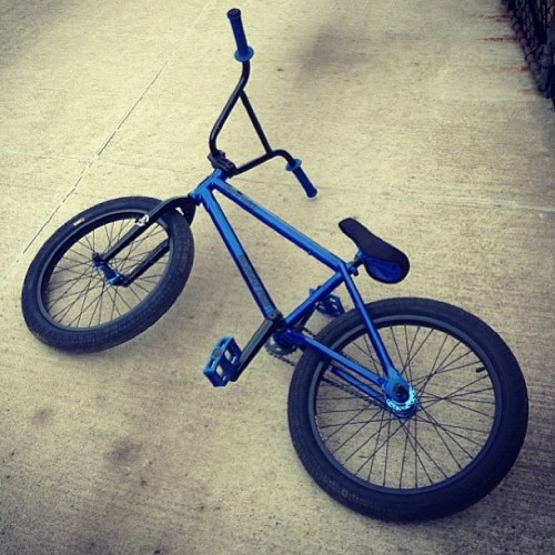 @skeleton_crew15 submitted his 2013 Subrosa Letum for today's #shoutoutmysubrosa The gloss blue looks so good! #subrosabrand