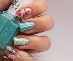 Vintage nails with a modern twist. Essie - Where's My ChaffeurEssie - Muchi MuchiEssie - Mint Candy AppleEssie - Navigate HerOPI - Don't Mess With OPIOPI - FlyOPI - Suzi & the LifeguardOPI - Señorita Rose-alitaKonad special polish - Pearl whiteA-England - And the Moonbeams…Relouis - white shatter polish
