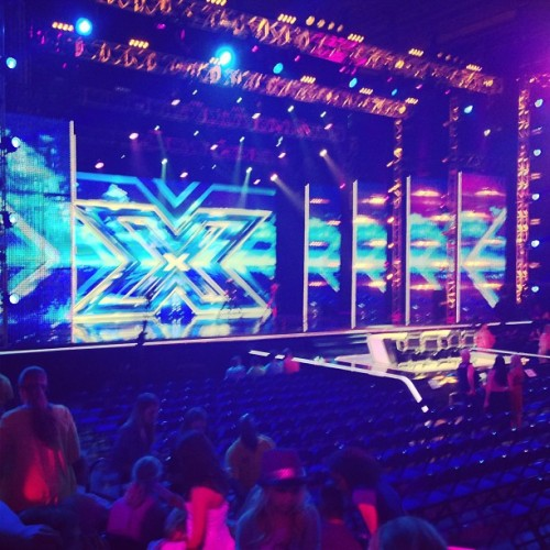 Got some good ass X factor seats! With @suziemontana