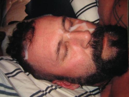 2018-06-04 05:23:25 - beardedprinces beardburnme http://www.neofic.com