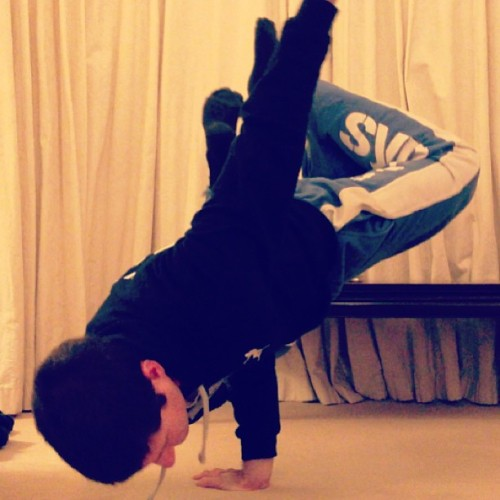 #break #bboy #dance #breakdance #freeze #syndicate