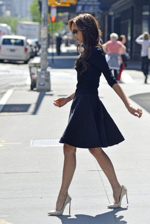 itschristyh:  Victoria Beckham shops in New York