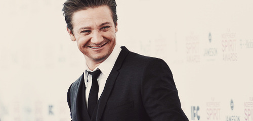 "renners-chick:  (source)(source) Congrats to Jeremy Renner and Sonni Pacheco on the birth of their daughter, Ava Berlin Renner. Whether you believed the rumors or not, it is undeniable now. A statement from Sue Patricola says the new parents ""are beyond thrilled."" So, whether you were right, whether you want to believe or not, it doesn't matter. Let's be happy for Renner that he is finally a dad and he is very happy. Congrats to them and both of their families!! And let's keep it moving..   woah, bugger me! i didn't even know his wife/girlfriend/significant other was pregnant… well done daddy Renner!"