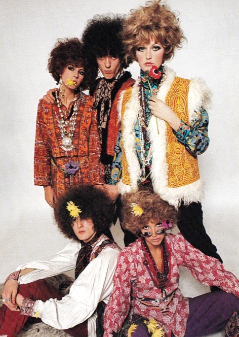 sweetjanespopboutique:  Flower Power fashion (1967). Photograph by Peter Knapp. Image scanned by Sweet Jane.