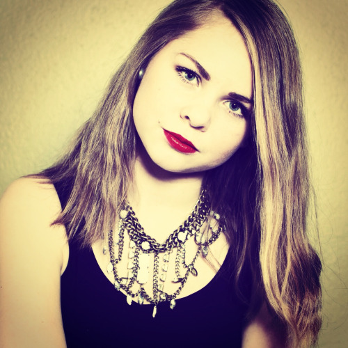 #girl #red #redlips #hair #necklace #me #girl #love #eyes