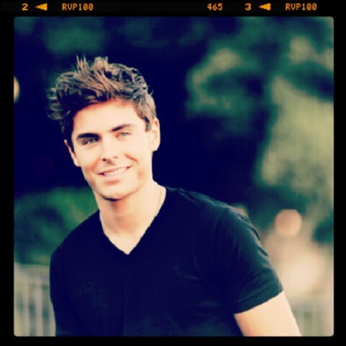 Zac Efron #sexy #eyes #hair #cute #nice #beautiful #gorgeus #zacefronperfect