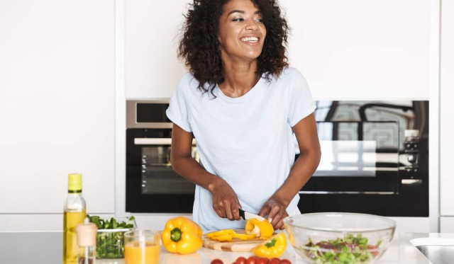 5 Things To Know Before Adopting A Plant-Based Diet https://www.fattycrab.com/things-about-adopting-a-plant-based-diet/ #diets#vegan