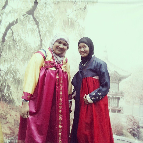 We are! #hanbok #Korean #culture #day #UI #happy #yeay #fun annyeoong~ ㅋㅋㅋㅋ