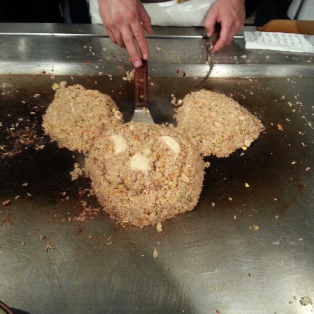 Tuesday at Benihanas.  #Tuesday #Disney #Mickeymouse #rice #friedrice #japan #japanese #food #foodporn #teppan #Benihanas
