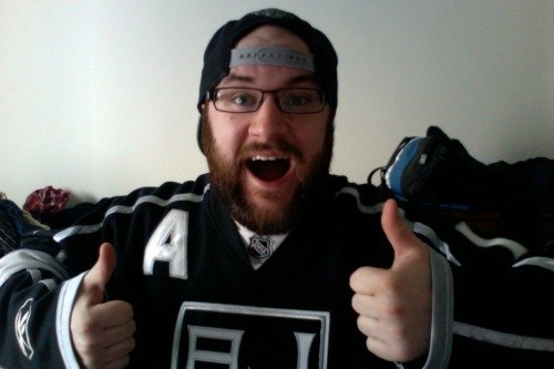 THE NHL IS BACK TODAY! GO KINGS!
