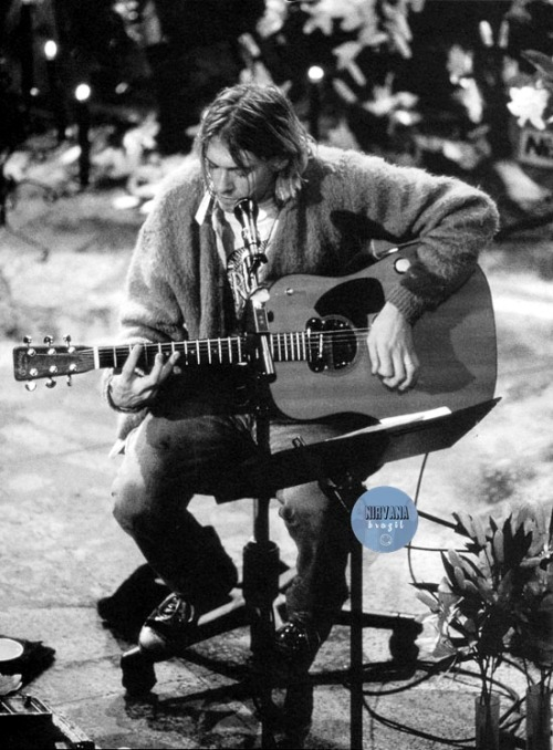 n-irvana:  Kurt Cobain at Sony Music Studios in New York, November 18, 1993