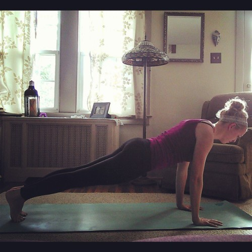 Day 1: Plank. Opting for a traditional plank. Nothing fancy 😝 #posebypose @cattylj @bexmaddy  @yogawithkarel @namastec