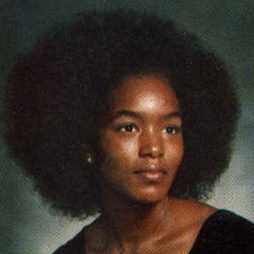 yarrahs-life:  Just officially earned 6 more pts of my love.  I love the afro!!!