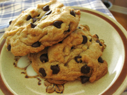 Giant Chocolate Chip Cookies // I bake 'em big by VeganBananas on Flickr.