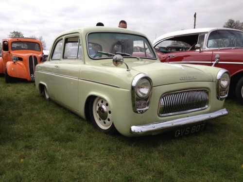 I'd like one lowered Ford 100e please!